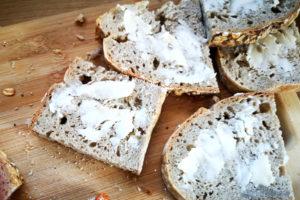 jak upiec chleb na zakwasie szybki przepis